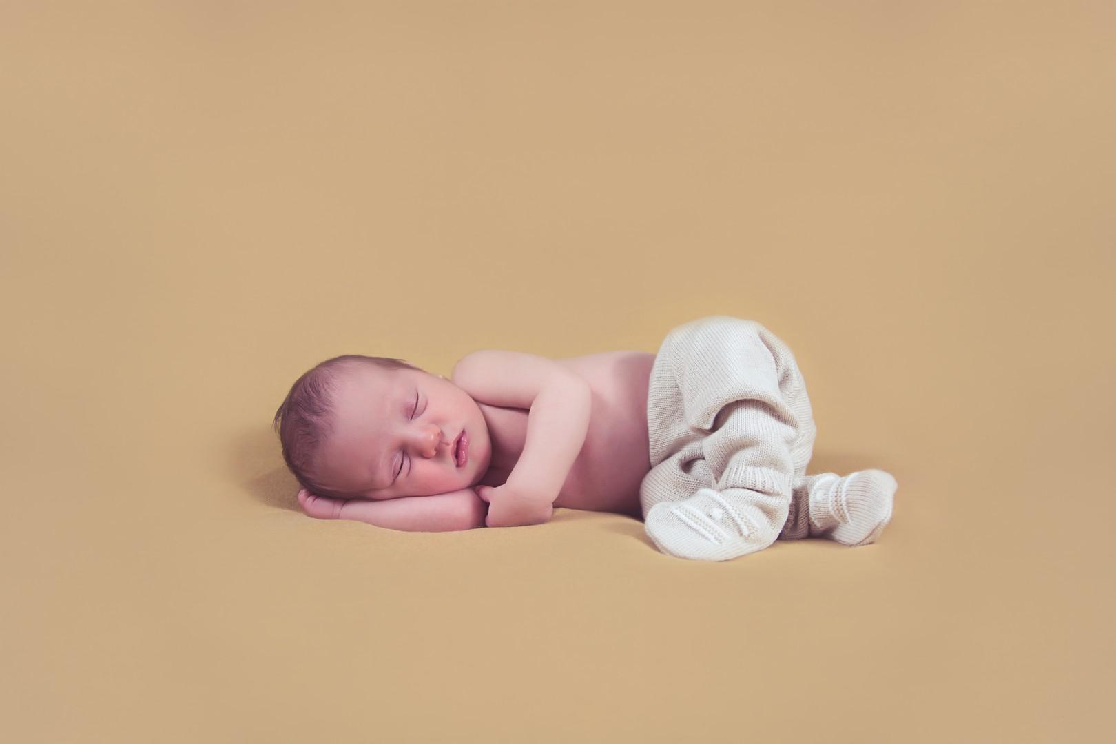 2017-02-08 Newborn David (16)